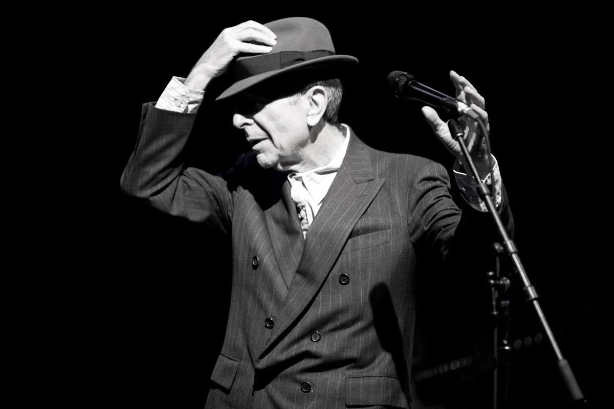 Leonard Cohen: Darkness